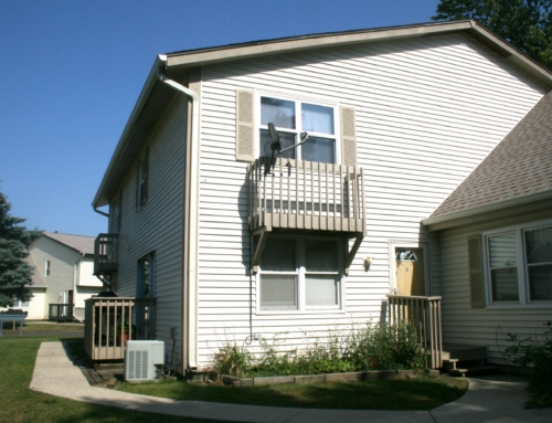 Price Dropped! 240 Chippewa – 2 Bedroom 1 Bath TH in Bolingbrook, IL
